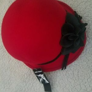 100% wool red and black hat